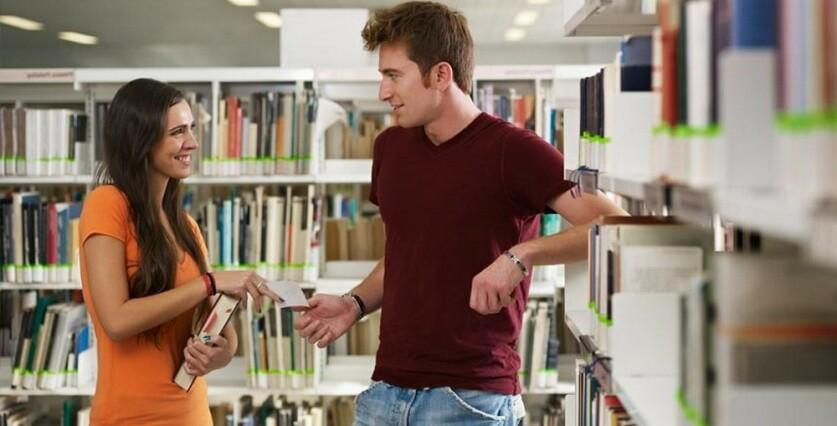 Как ответить парню на вопрос «Можно познакомиться?»: способы привлечь внимание собеседника и оригинально отказать