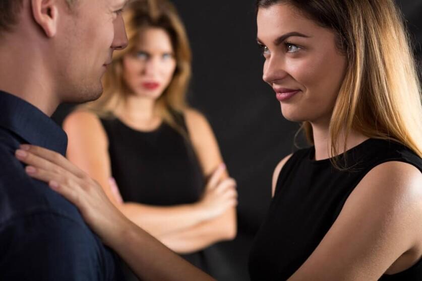 Отношения между женатым мужчиной и замужней женщиной