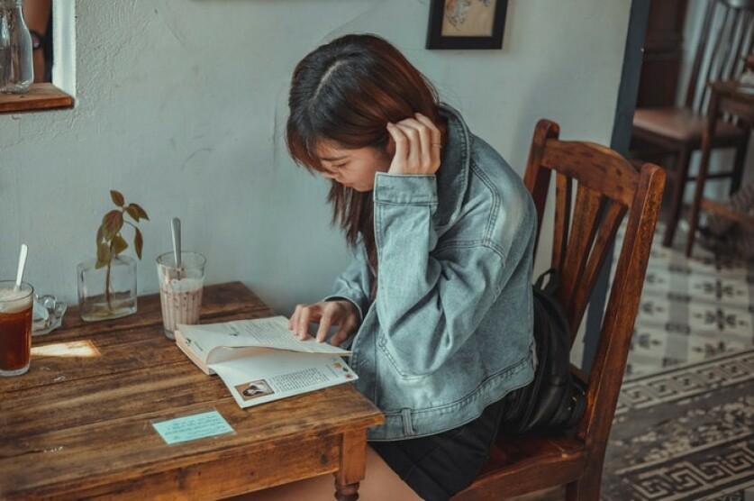 Знакомство с девушкой, которая читает: советы