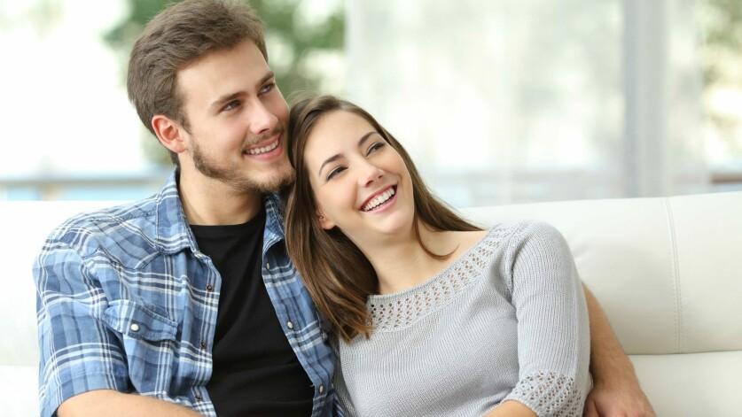 О чем можно пообщаться с девушкой при знакомстве