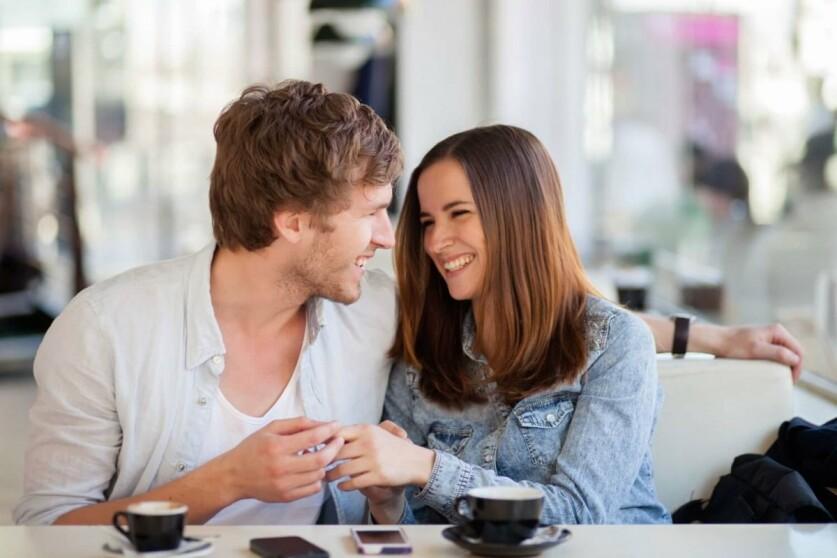 О чем можно поговорить при знакомстве с парнем