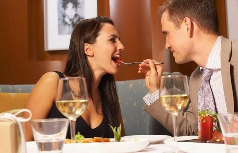 Что ответить парню на вопрос »Ты хочешь встретиться»: вежливый отказ и согласие
