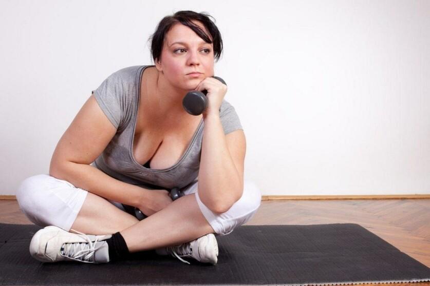 Простые советы для девушек, которые стесняются избыточного веса при знакомстве с парнем