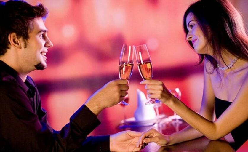 Мужчина с сайта знакомств не приглашает на свидание: причины и руководство к действию