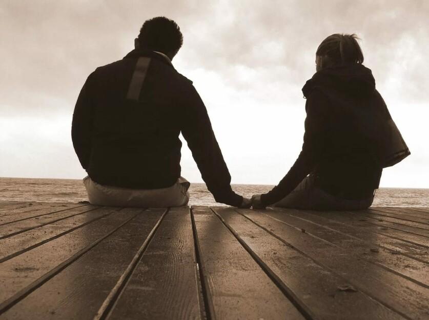 Вопросы, чтобы влюбиться друг в друга, – как они действуют и о чем спрашивать