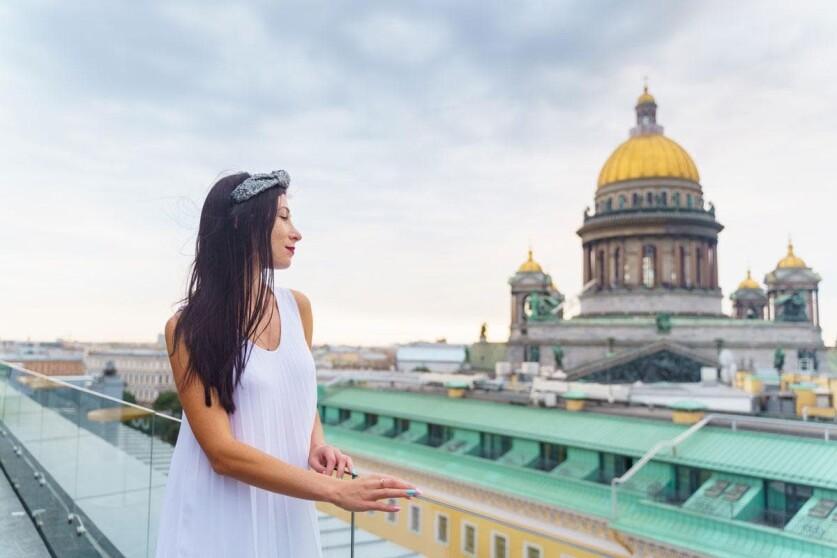 Как познакомиться с девушкой в гостинице — работающие советы