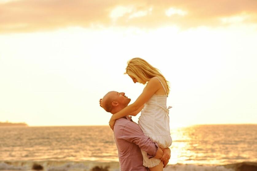 Инфантильный мужчина: определение, признаки и поведение в отношениях с женщиной
