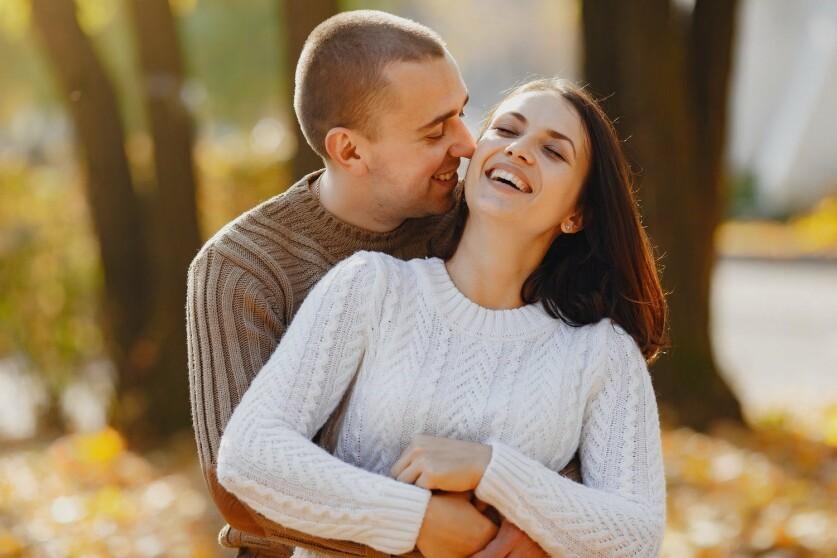 Как правильно подогревать интерес мужчины в отношениях