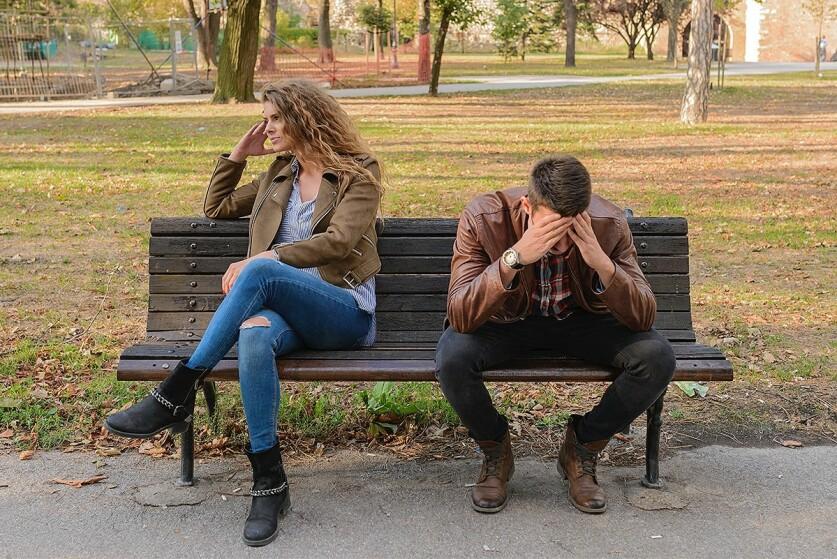 Стадии разрыва отношений у женщин
