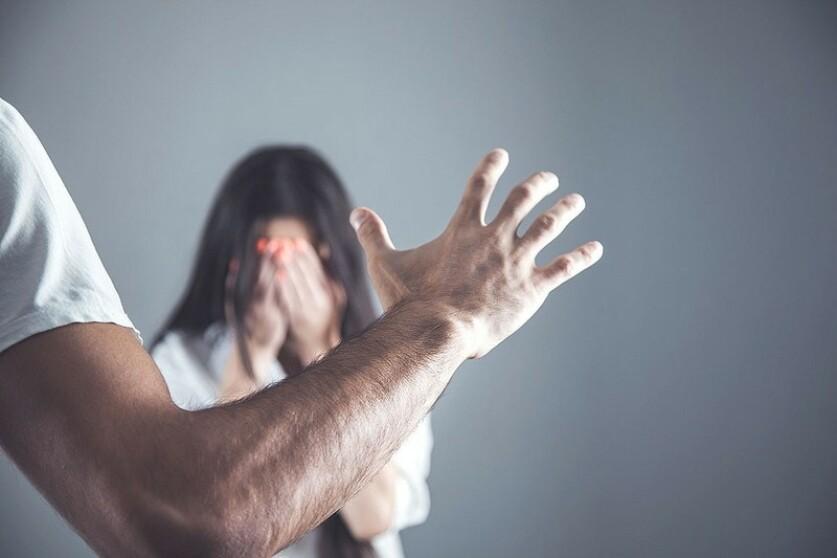 Газлайтинг в отношениях: как распознать и как бороться