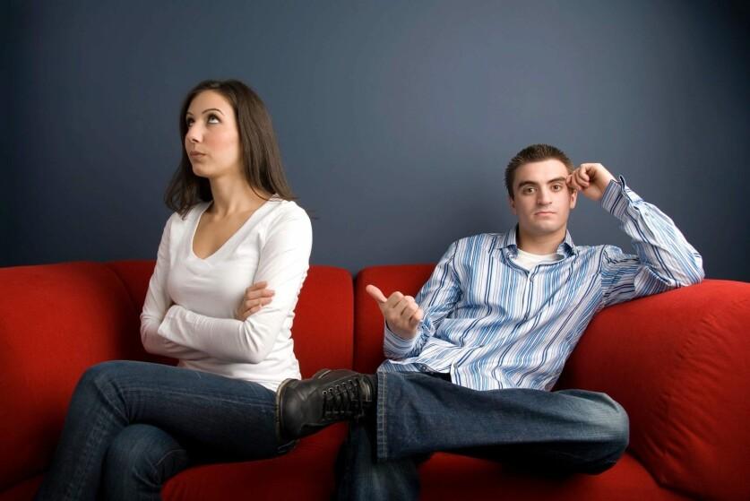 Обидчивый мужчина в отношениях: причины, признаки и способы борьбы с мужской обидчивостью