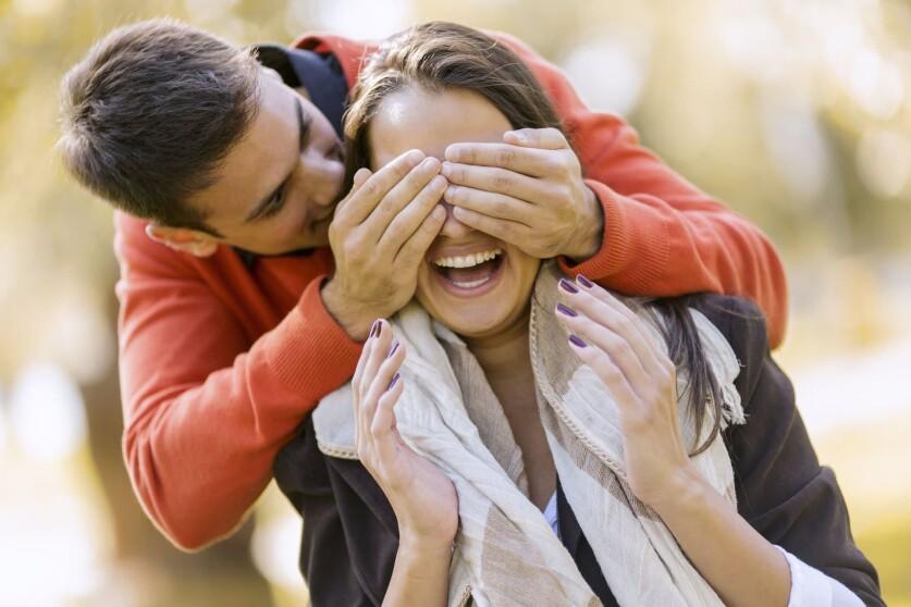 Эмоциональные качели в отношениях: определение, принцип работы, формирование, способы борьбы и выход