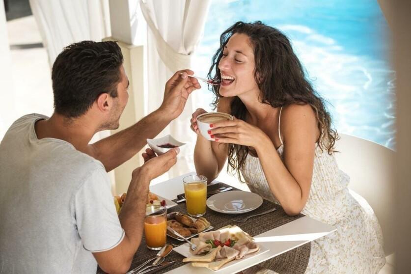 Почему парни после расставания сразу заводят новые отношения