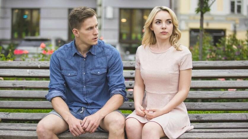 Тотальный контроль в отношениях со стороны мужчины: определение, признаки и способы избавления