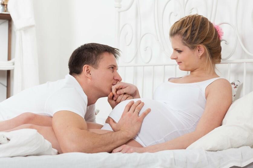 Отношения мужчины и женщины во время беременности: сложности и особенности