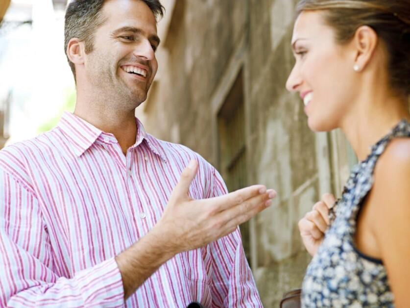 Как правильно делать комплименты малознакомому мужчине: принципы построения комплиментов