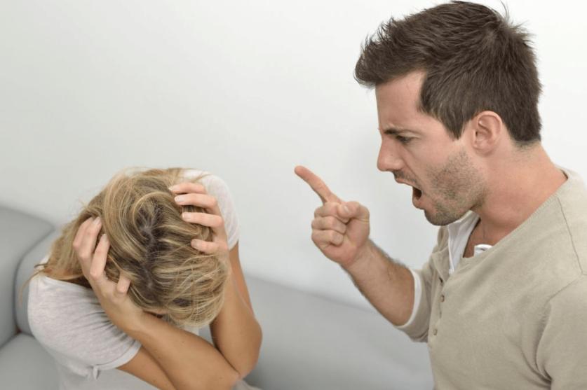 Пассивная агрессия в отношениях: определение понятия, признаки и способы избавления