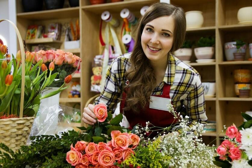 Как познакомиться с девушкой или парнем продавцом в магазине
