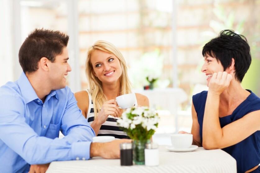 Как познакомиться с парнем через подругу – способы знакомства
