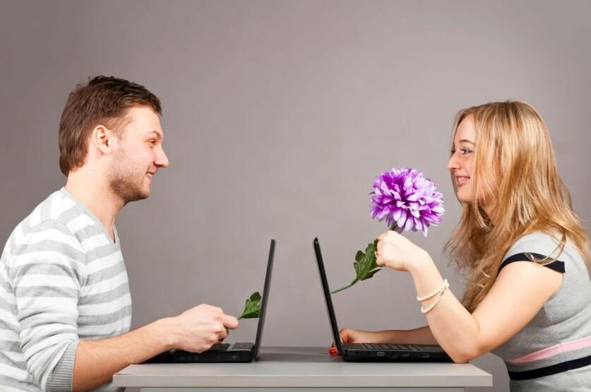 Как вести себя с мужчиной на сайте знакомств