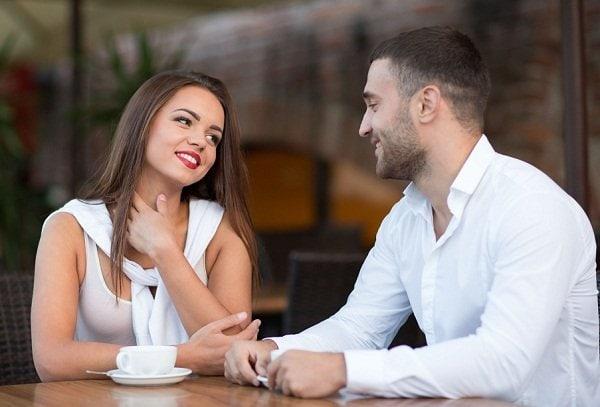 как скромной девушке познакомиться с хорошим парнем