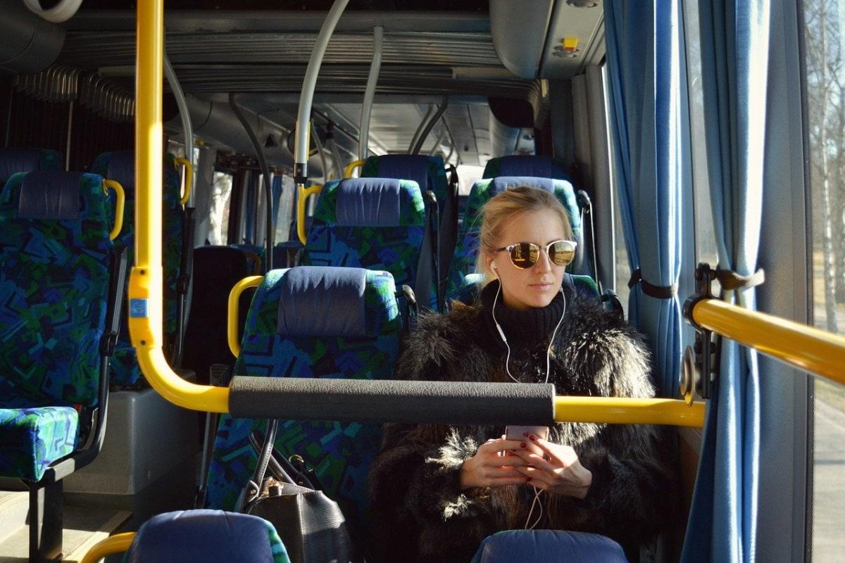 Знакомство с девушкой в автобусе