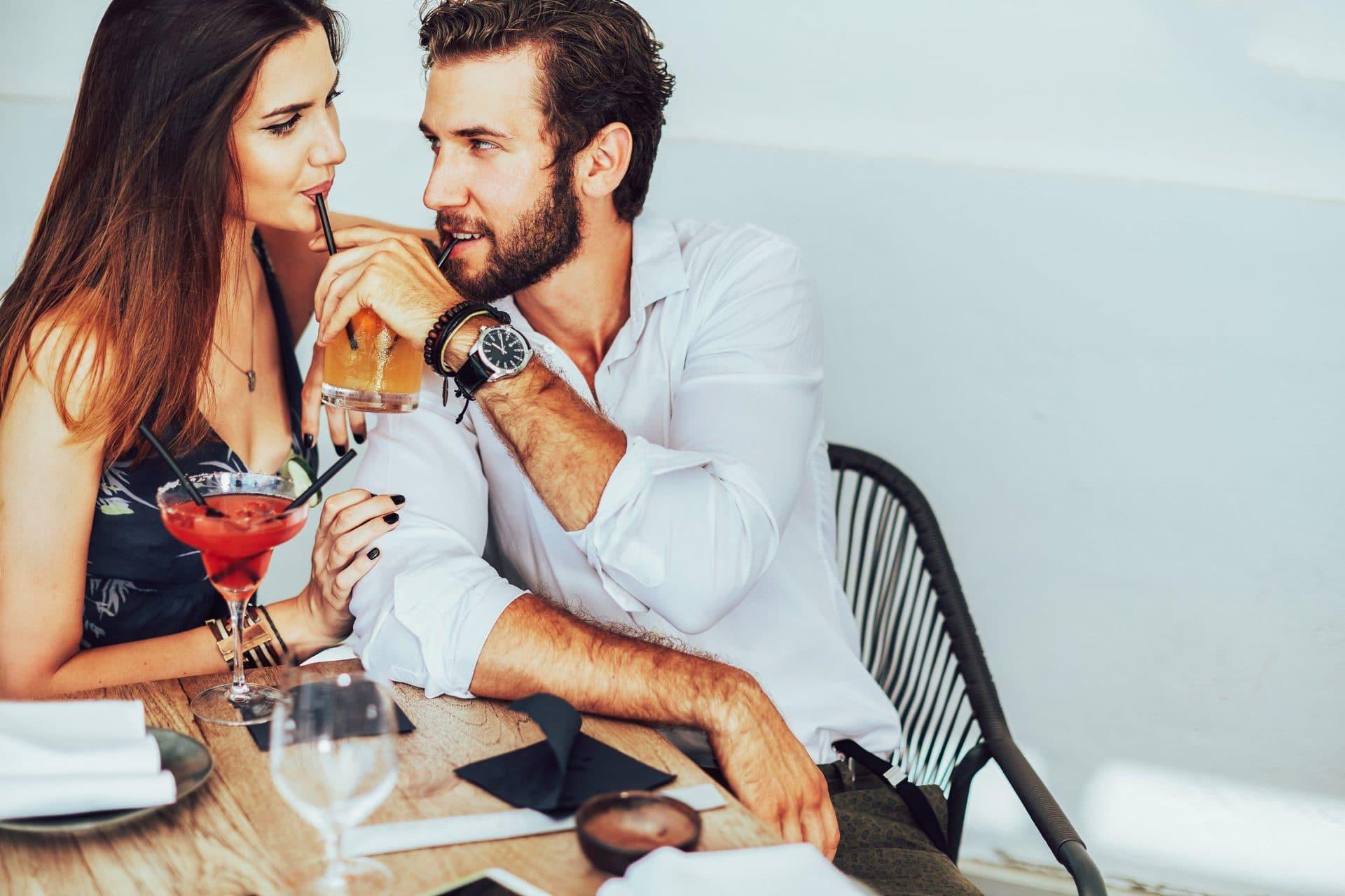 Парень приглашает девушку на свидание