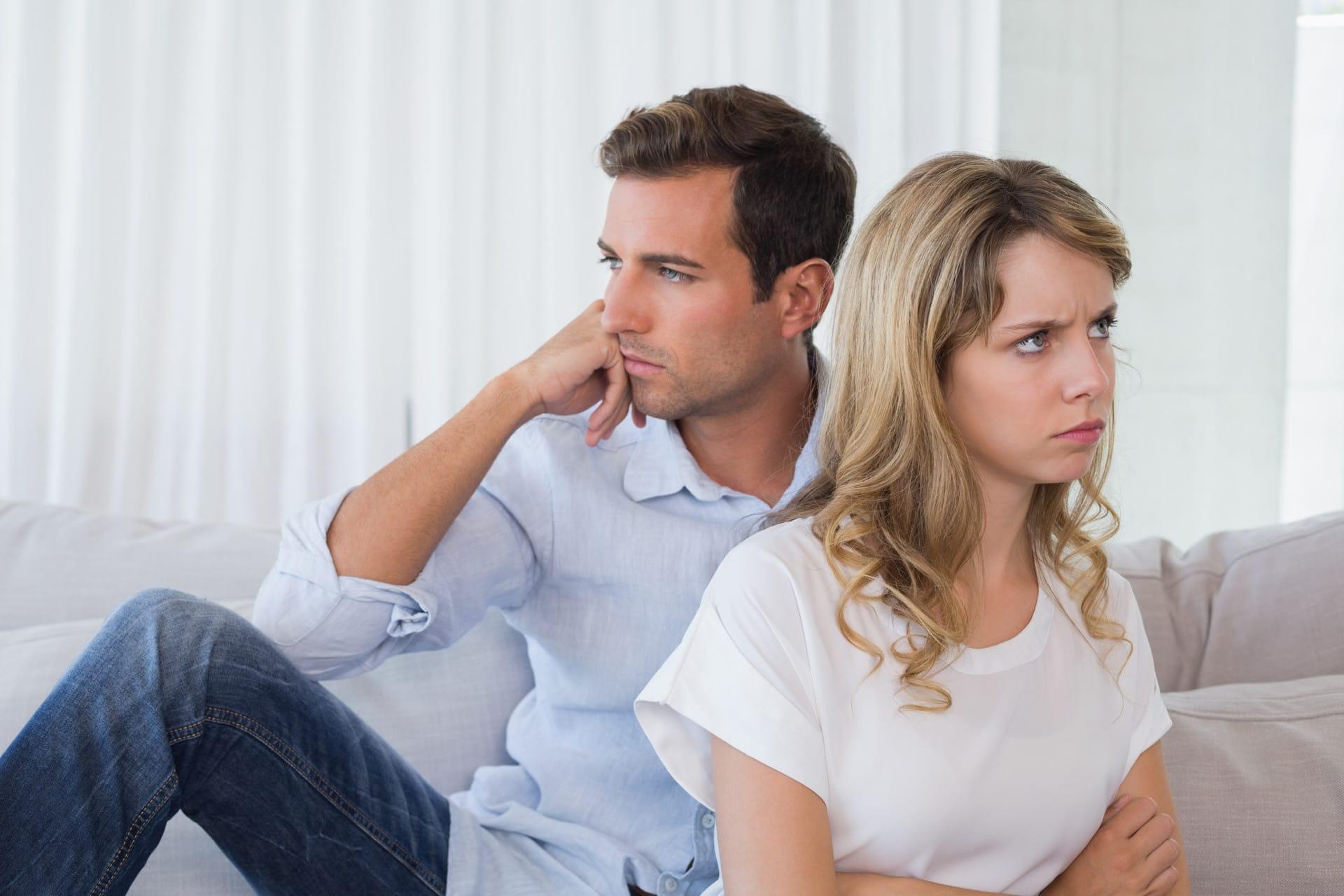 как вести себя с нарциссом мужчиной в отношениях