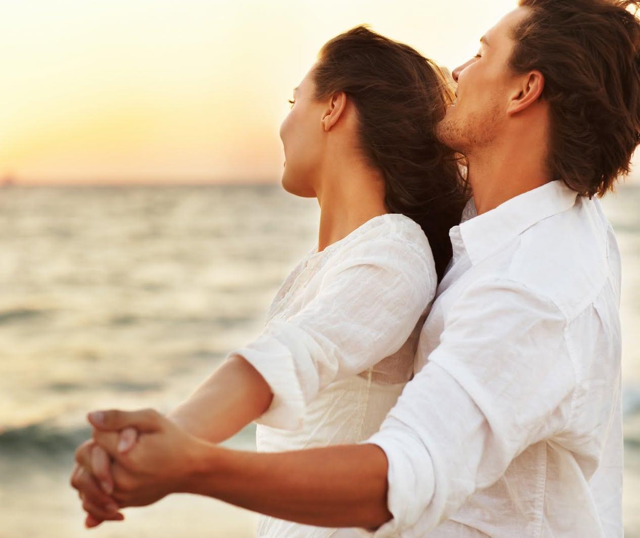 романтические отношения между мужчиной и женщиной