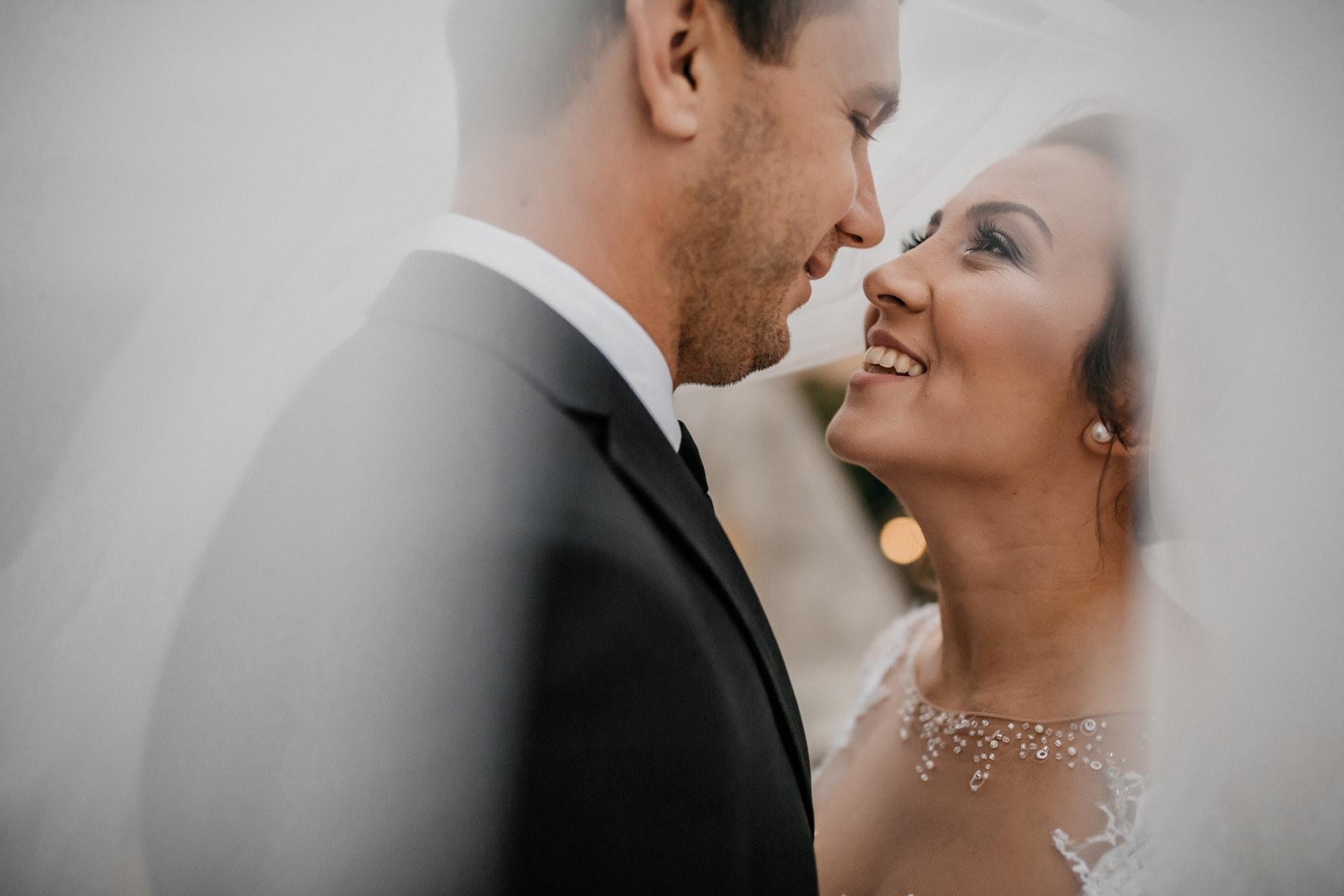 В ситуации, где мужчина - лидер, супруг чувствует себя уверенным и незаменимым, готов к новым свершениям, особенно при поддержке жены