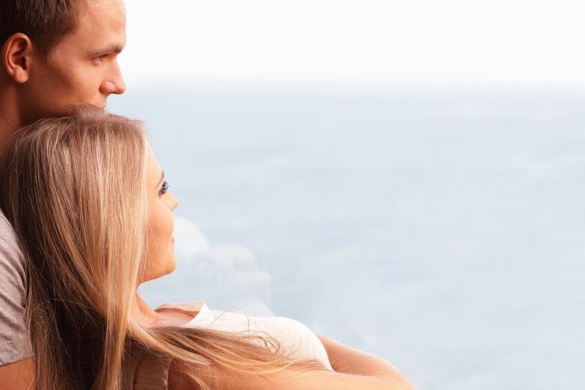 Мужчина и женщина доверие